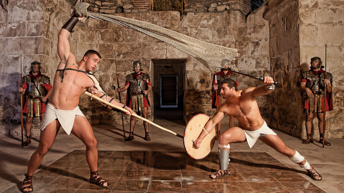 Roman gladiators fighting